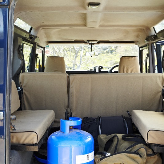Escape Gear Seat Covers Land Rover Defender 90 Station