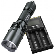 Nitecore TM03 Flashlight + D2 Battery Charger